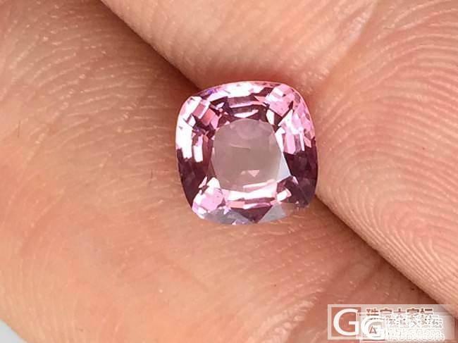 这算什么颜色的 淡粉色?_刻面宝石尖晶石