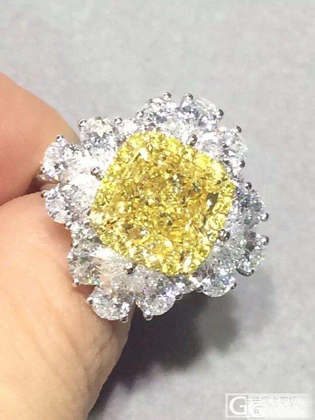 3克拉的大彩钻,双用的,真是眼冒星星啦!_戒指吊坠彩钻