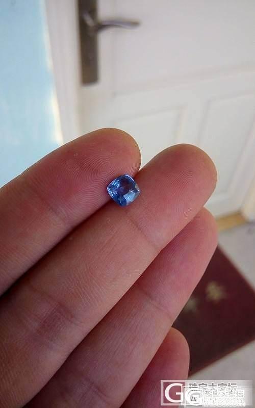 斯里兰卡无烧蓝宝石 1.2ct,切割有点歪,但镶嵌后应该还好。超便宜卖,要的拿走。_名贵宝石