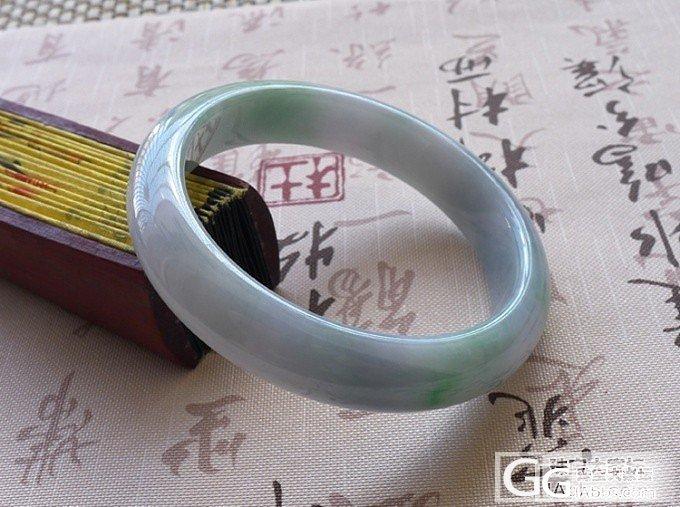 【广福珠宝】漂亮的春带彩圆镯,还有阳..._翡翠