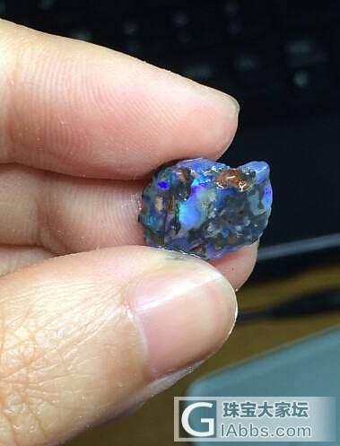黑欧泊原石买就送了_有机宝石