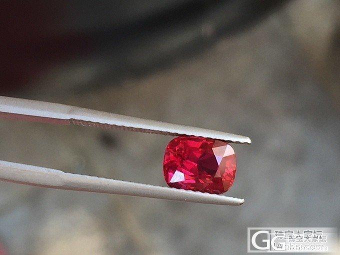 2.04克拉的无烧鸽血红,品质不错_刻面宝石红宝石