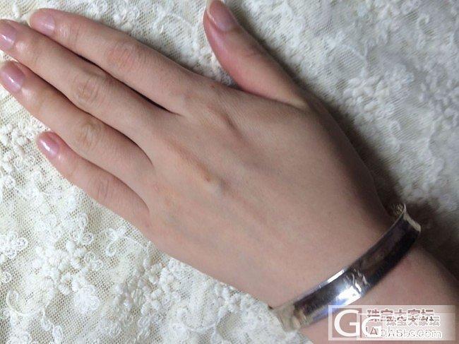 银镯子 +很多的小戒指_银