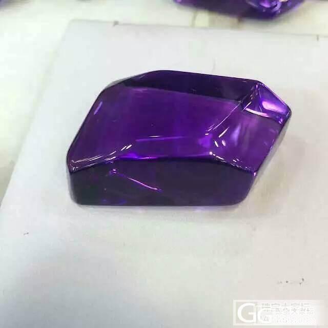 请大家帮忙看看紫水晶值多少_水晶