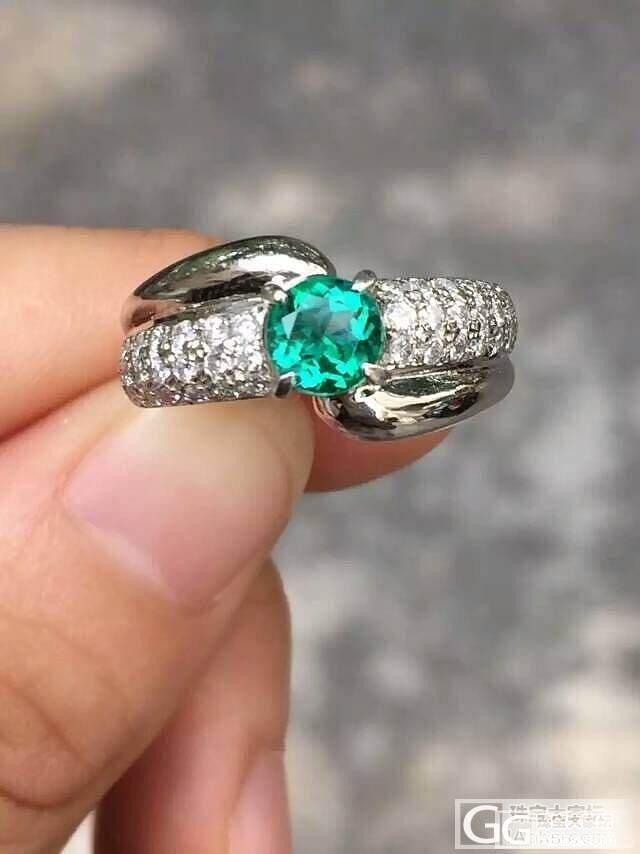 小小小的祖母绿戒指一枚_祖母绿