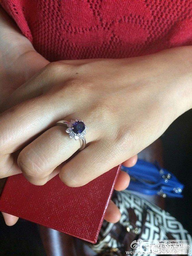 作为个普通菇凉家,刚刚买来做婚戒的,..._刻面宝石蓝宝石