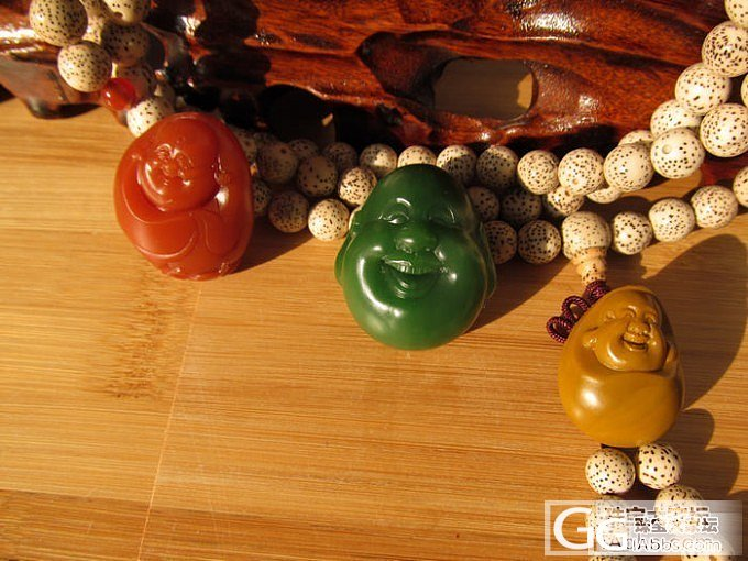 。。 红 黄 绿 (3位佛公) 。。_传统玉石