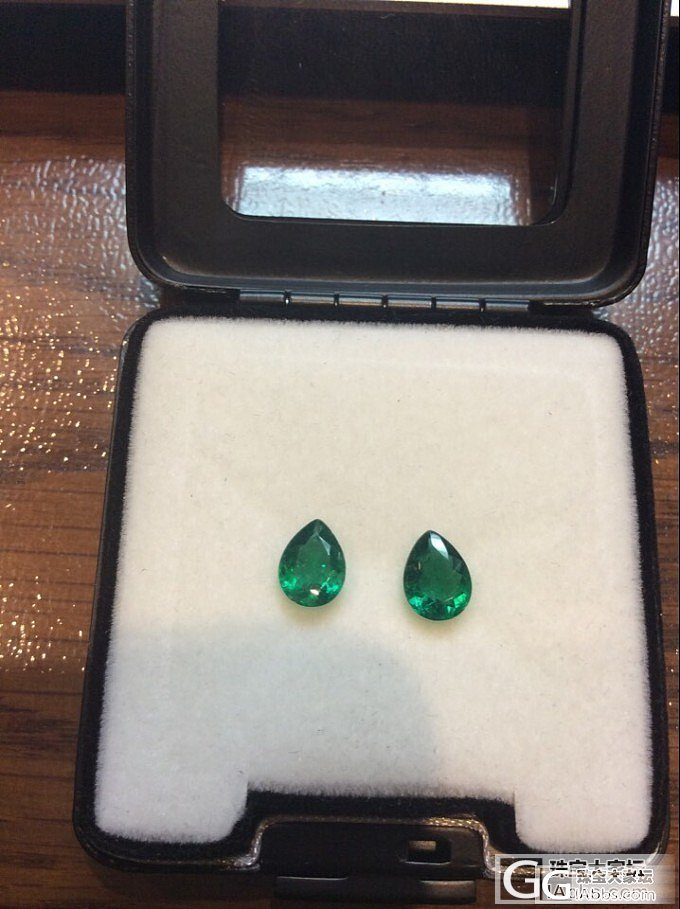 巴西祖母绿小而精致,颜色浓郁,绿的很..._刻面宝石祖母绿