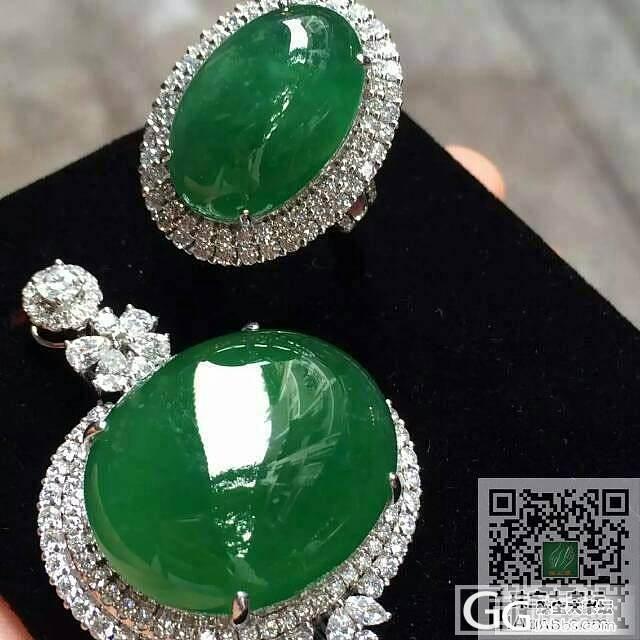 一套高色坠子和戒指 色泽非常浓绿 大颗饱满 整天品相非常完美_珠宝