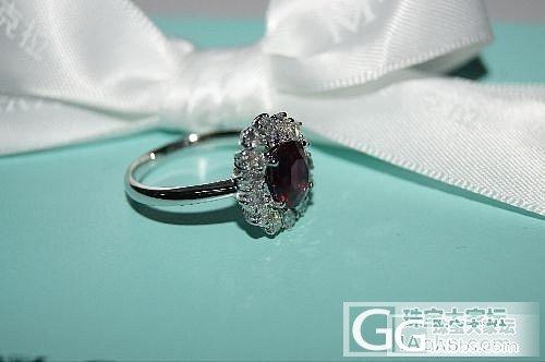 女人必备单品  时尚、华丽的宝石戒指隆重出货_宝石