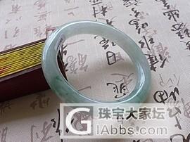 【广福珠宝】漂亮的老种飘花圆镯,超漂亮的阳绿项链,几条性价比高春带彩手镯,_翡翠