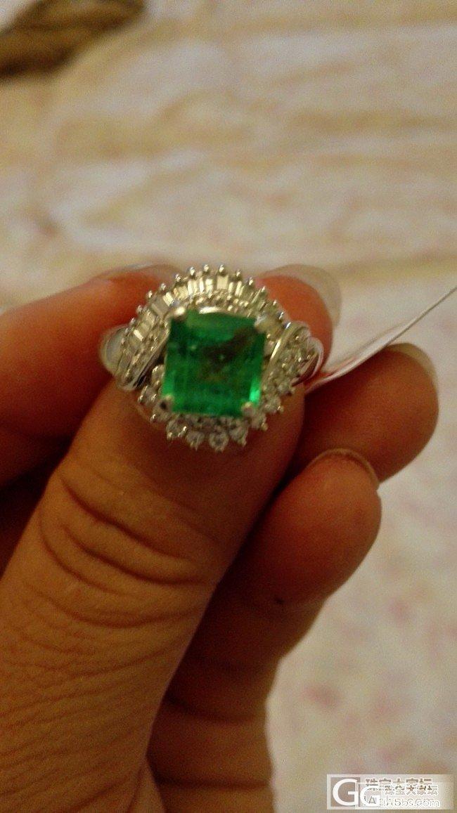 祖母绿戒指有露底,麻烦大家给个建议是..._戒指刻面宝石祖母绿
