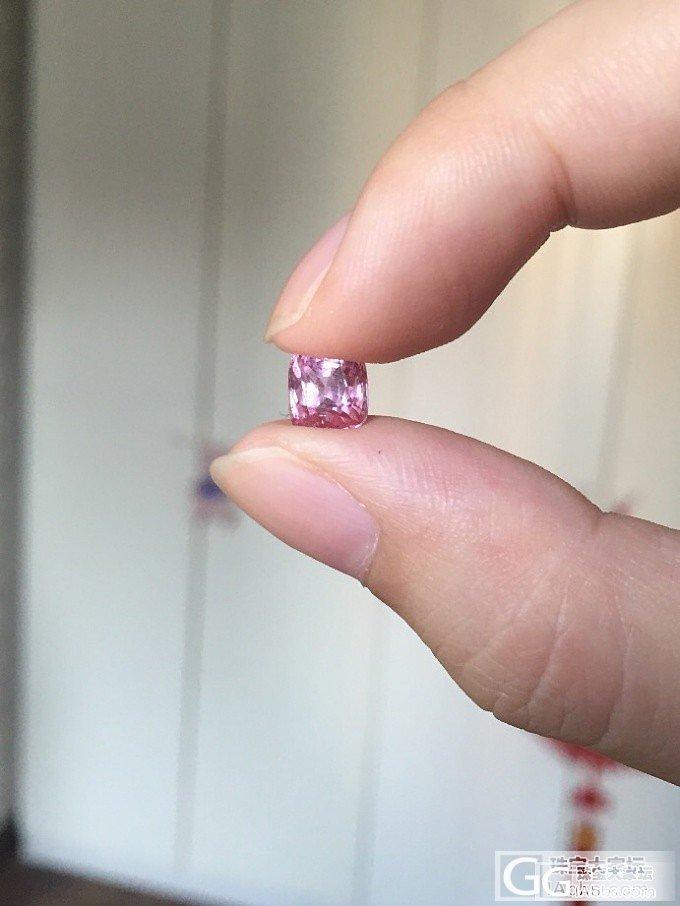 小尖晶穿好漂亮衣衣咯~~~求大户表嘲笑,自己很喜欢的俩mini尖晶~~~_琳琅满目尖晶石刻面宝石