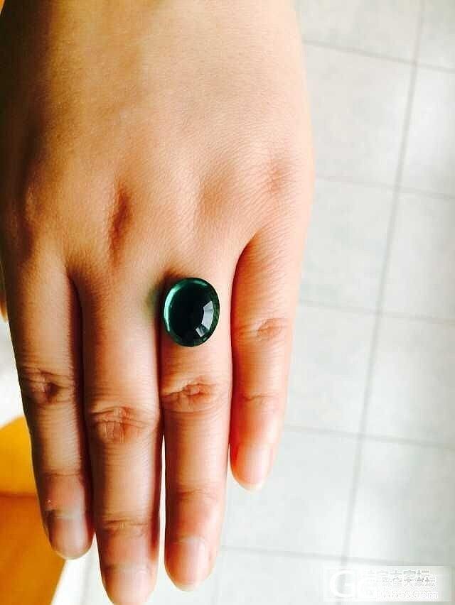 想问下这个绿宝价值?回复滴妹纸送闪闪。。_刻面宝石宝石