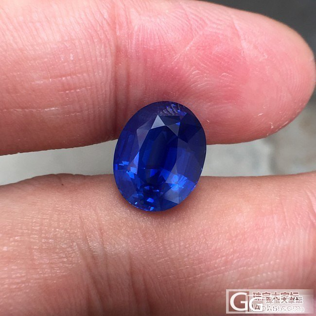 今天给大欣赏颗7克拉!无烧矢车菊蓝宝石,GRS证书!产地斯里兰卡_刻面宝石蓝宝石