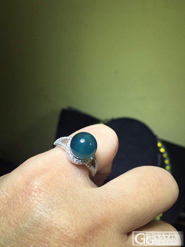 小白求教!这个戒指是什么产地的?蓝珀..._琥珀