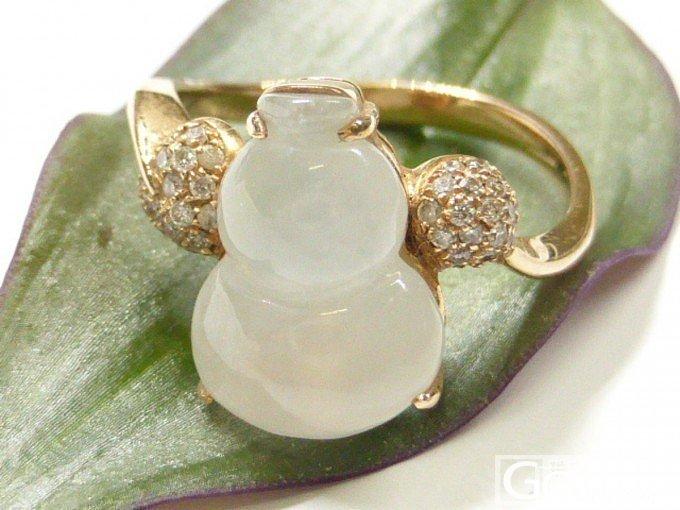 新镶的小葫芦戒指~~好喜欢_翡翠