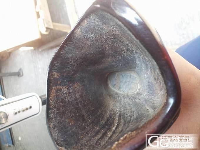 这是什么角雕的?什么年代的?_牙骨角