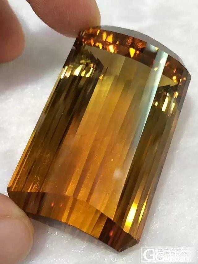 一颗巨无霸黄水晶,请大家欣赏_珠宝