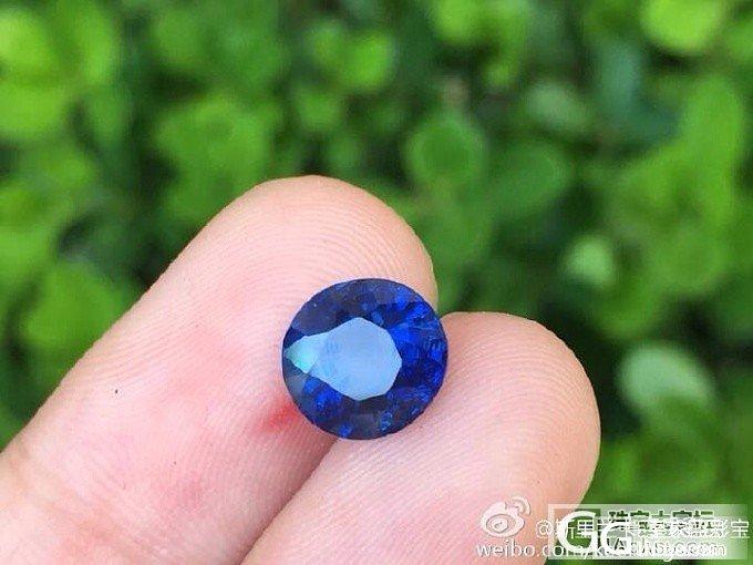 【蓝宝石】2.54加热皇家蓝,超美圆形切割,颜色浓郁深邃,火彩很好,EGL证书_上海皇家蓝彩宝