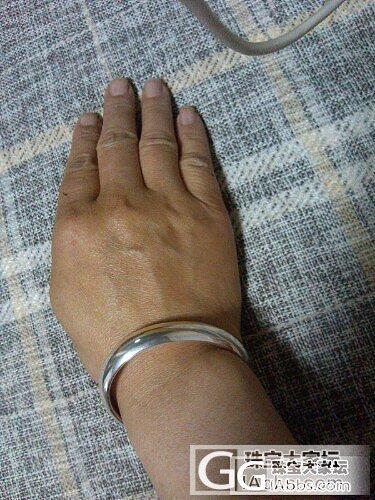 今天去参加朋友弟弟的婚礼,我因着心情..._银吊坠手镯手链项链金