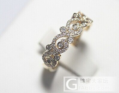 有没有人想做这样的戒指啊?个人觉得跟花藤有些相似,但是比花藤更秀气一些!_钻石