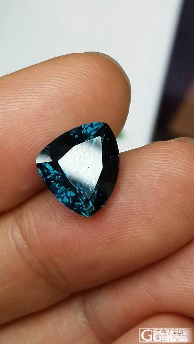 真正的钴蓝尖晶是酱紫滴_尖晶石刻面宝石