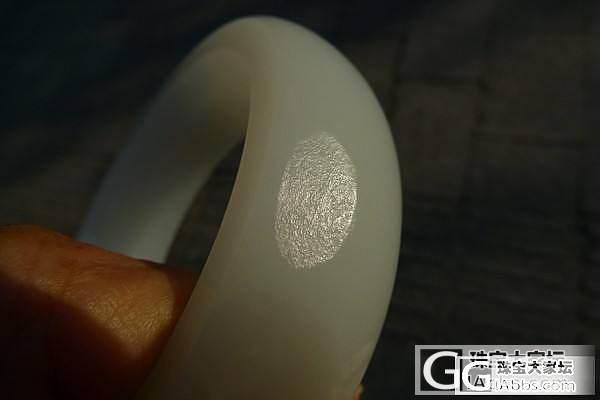 美石款56内径脂白素籽镯_卡禄珠宝