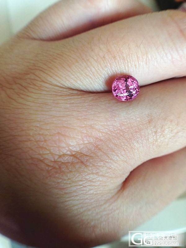 新手上路,收了颗粉色小尖晶~_尖晶石刻面宝石