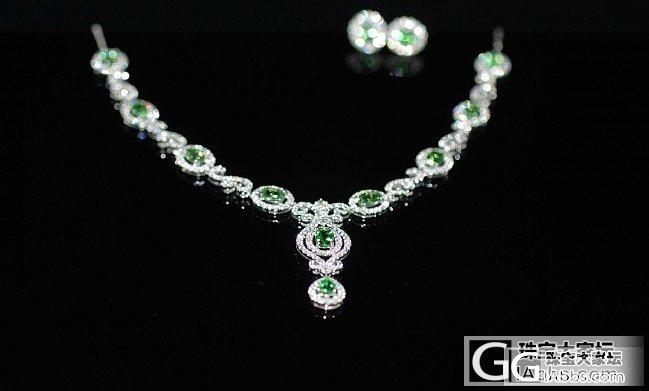 4.53ct/10沙弗莱·18K白金·1.85ct/352钻石·14.051g件重_刻面宝石K金沙弗莱钻石