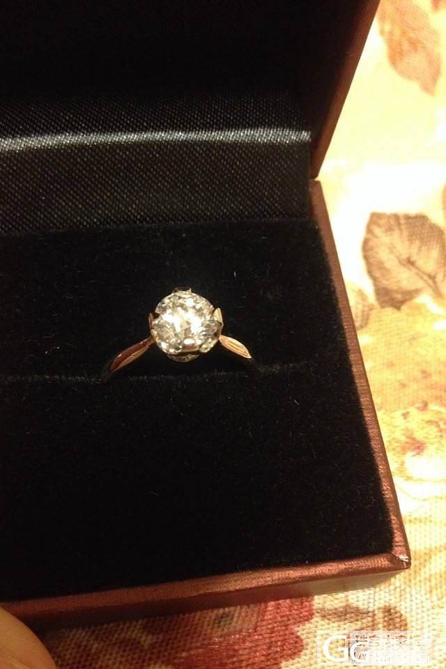情人节老公送的婚戒,我的第一颗克拉钻_钻石