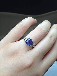 貌美的坦桑戒指转让_宝石