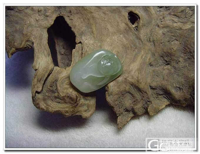 五一特价---籽料带翠荷花挂件_传统玉石