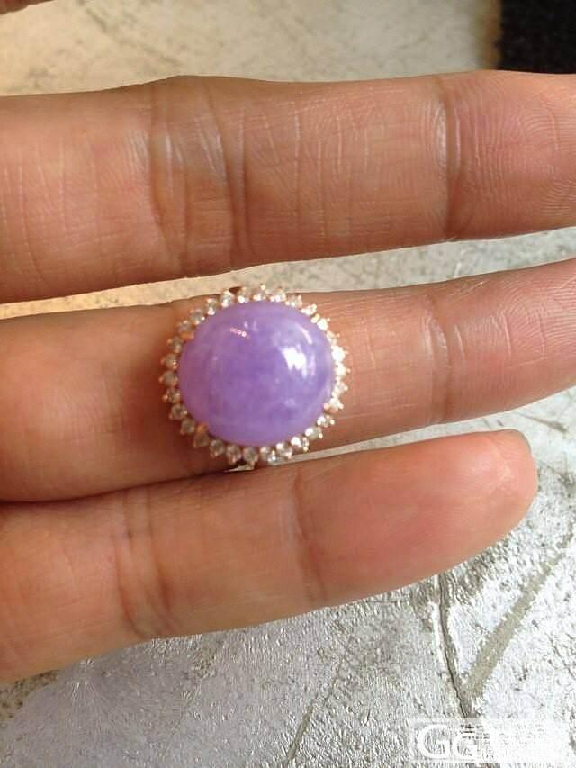 大家帮我看看这个紫色的戒面什么价格_翡翠