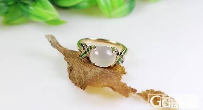 【忆宝】天然A货 白色冰种 别致造型翡翠戒指_宝石