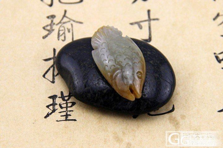 促销 【素手握玉暖.仙鱼】和田玉 籽料 神仙鱼 带黄皮 挂件 430_传统玉石