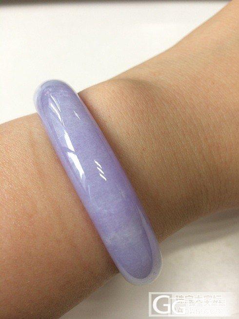 大家看看这个紫镯值多少米?_翡翠