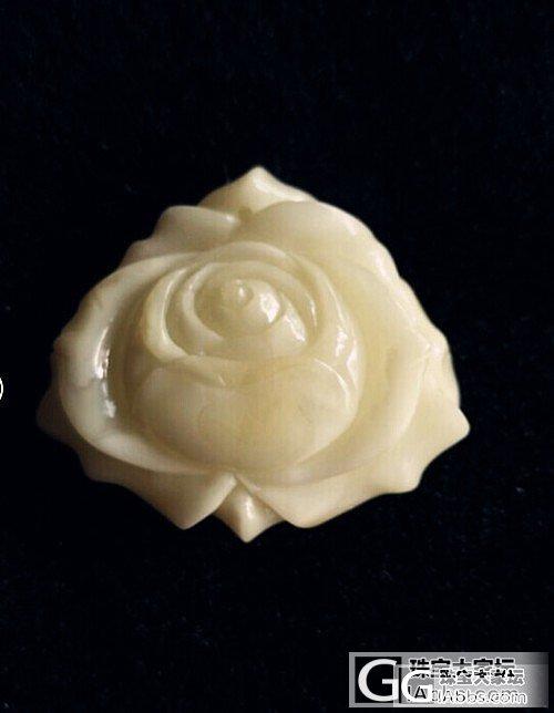 一朵血与泪铸成的白蜜玫瑰花。_蜜蜡