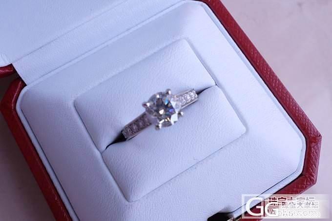 我的卡地亚婚戒 重新上图了 麻烦批判..._钻石