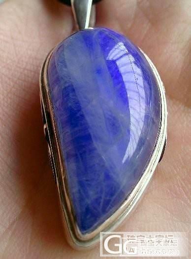 来看看这个大个头的蓝月光_月光石刻面宝石