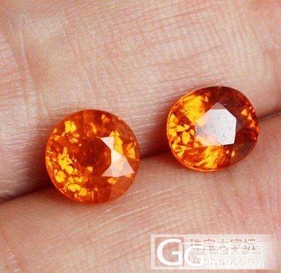 一颗2.4克拉的小芬达,求教这色能算..._石榴石刻面宝石