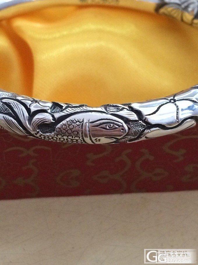 我的第一只雕花手镯,眼谗很久,终于入手了~~哈哈~~_手镯银