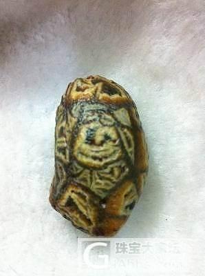 我喜欢的筋脉玛瑙原石!_和田玉