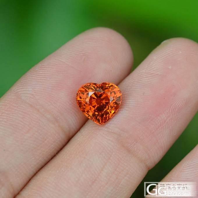 极至切工的心形芬达石,又是一个美到哭了,求闪闪_珠宝