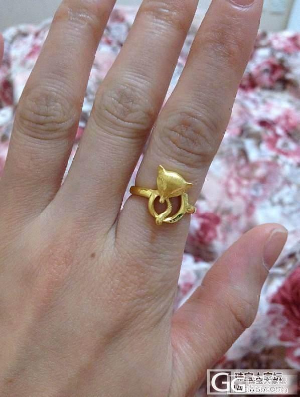 我也秀下过年入的狐狸戒指 貌似现在比..._戒指金