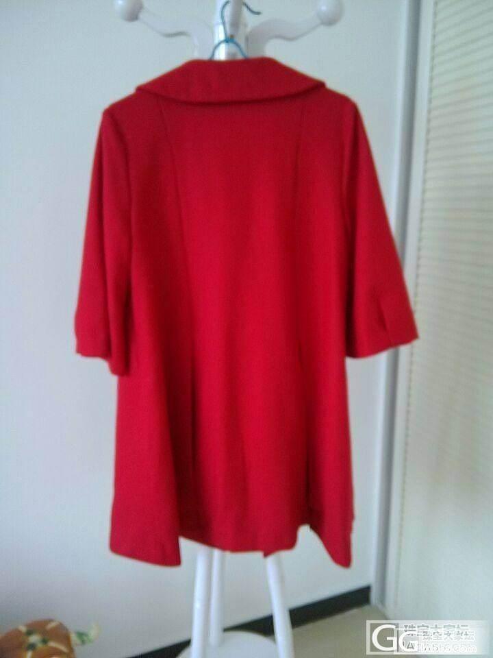 红色呢子大衣。你不二的选择_珠宝