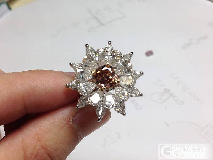 1.49ct粉钻 fancy deep brownish oranry pink 配梨形白钻6.5克拉_钻石