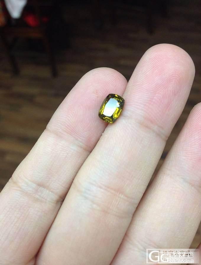 有谁知道在滤色镜下显红色的这种黄色碧玺属于什么品种?_碧玺刻面宝石