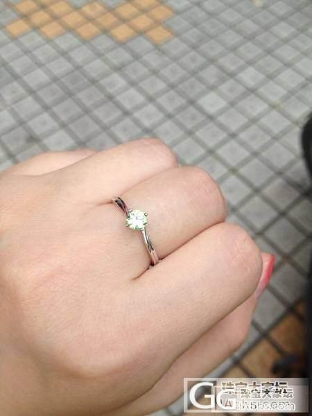 日常佩戴小小翠榴石戒指一枚。_石榴石刻面宝石