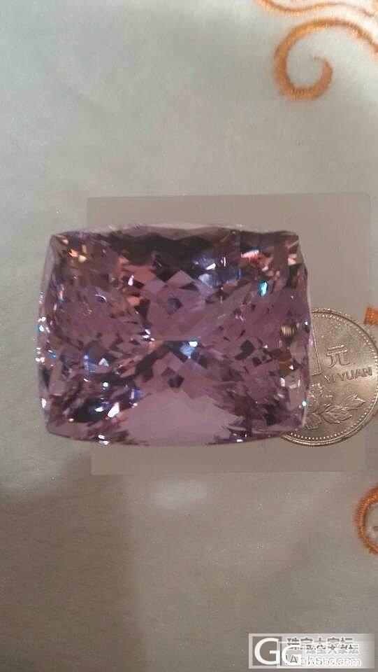 紫锂辉石 真的好大颗呀!_辉石刻面宝石